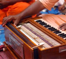 Harmonium classes in chennai